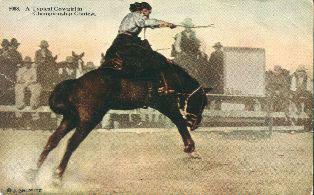 Cowgirl_saddlebronk_4web